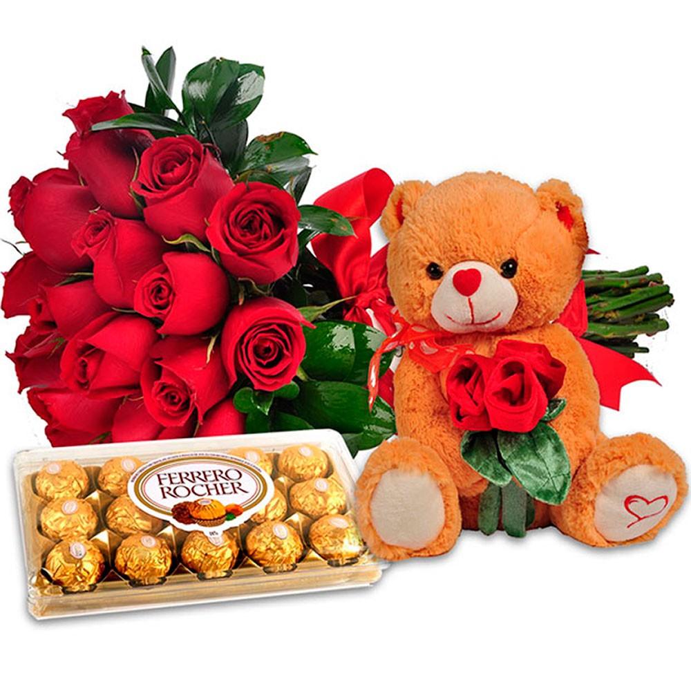 Buque de Flores com Rosas, Bombons e Pelúcia
