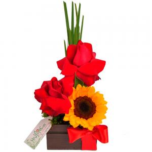 Arranjo de Flores Luz e Amor