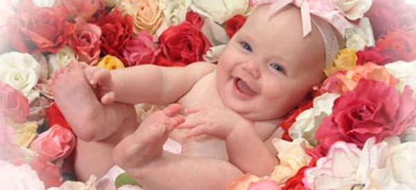 Celebre a maternidade e um novo bebê com flores e cestas!